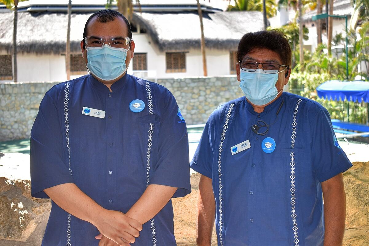CCdB employees wearing face masks